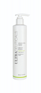 Ultra Brightening Foaming Cleanser - LIMITED EDITION SIZE Image